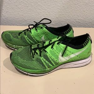 Nike fly knit green running shoes